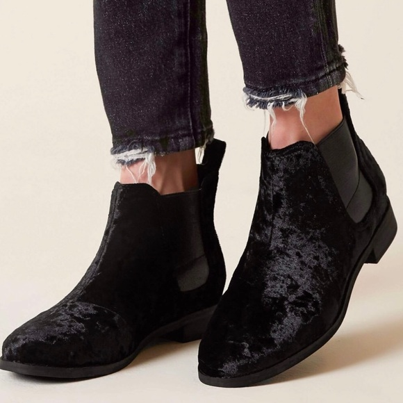 Toms Shoes - TOMS Black Velvet ankle Booties